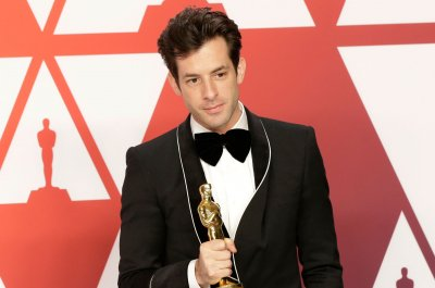 Mark Ronson threw up after DJing Tom Cruise, Katie Holmes' wedding