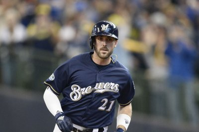 Slugger Travis Shaw agrees to one-year deal with Blue Jays