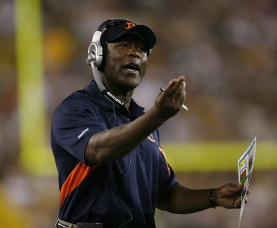 Bears seeking to fill coordinator posts