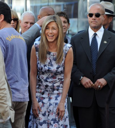 Dad arrested in Jennifer Aniston plot
