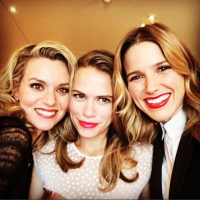 Bethany Joy Lenz reunites with 'One Tree Hill' co-stars
