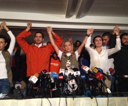 Venezuelan opposition leader Lopez ends hunger strike