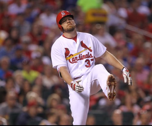 Brandon Moss, Jhonny Peralta power St. Louis Cardinals past Chicago Cubs