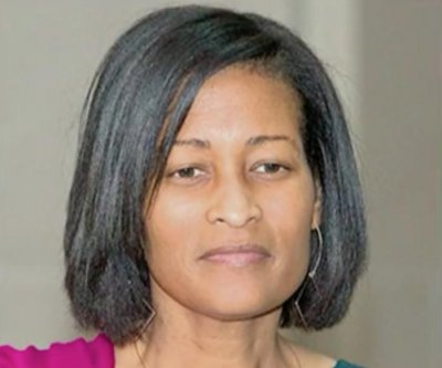 Top Clinton aide Cheryl Mills granted partial immunity in email probe