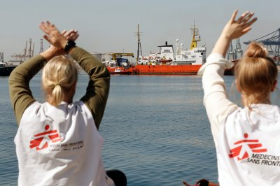 Migrant ship Aquarius docks in Malta after EU dispute