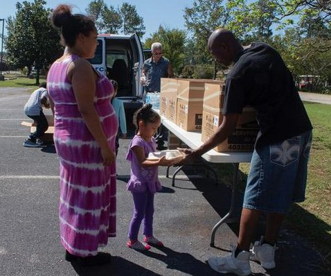 North Carolina evacuees report less food, clothing at shelters