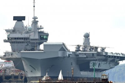 British aircraft carrier HMS Queen Elizabeth sails to U.S. for exercises