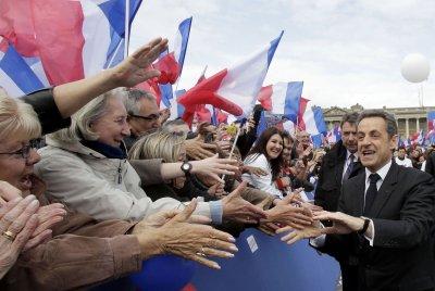 Sarkozy: No plans for Libyan nuke plant