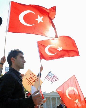 Ankara: 'Syria aids Turkey's rebel Kurds'