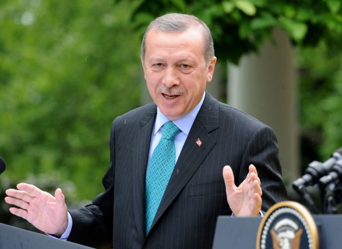 Turkey PM Erdogan calls Assad a terrorist