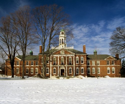 Dartmouth bans hard liquor, tells fraternities to shape up