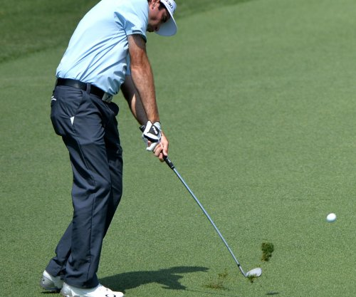 Bubba Watson opens with a 71 at the Masters