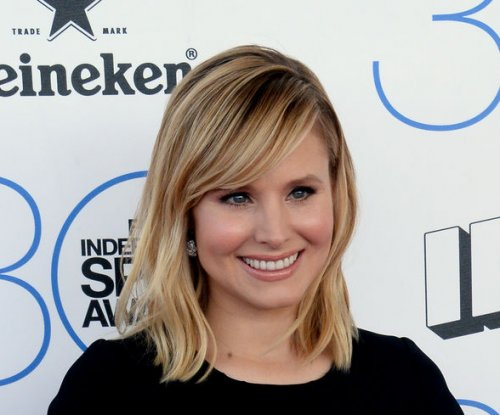 Kristen Bell stars in 'Mean Tweets Live' on 'Jimmy Kimmel'