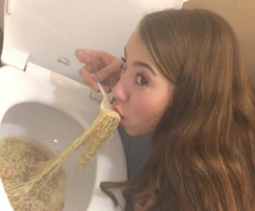 Photo of teen 'eating' ramen from toilet creates stir online