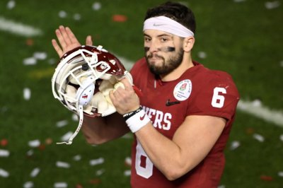 Mayfield 'most outrageous' QB in draft, Namath says