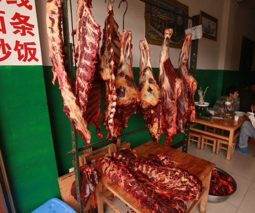 China lifts ban on imports of British beef