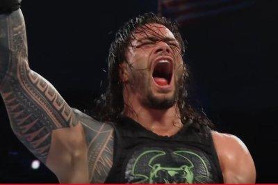 WWE Smackdown: Roman Reigns battles Dolph Ziggler