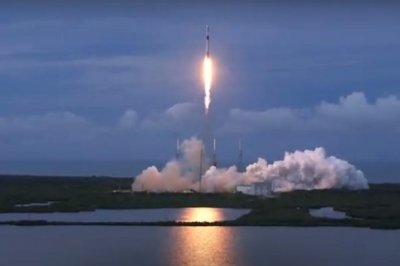 SpaceX launches AMOS-17 Israeli communications satellite