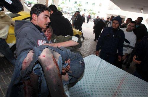 Gaza airstrikes, rocket attacks in 4th day