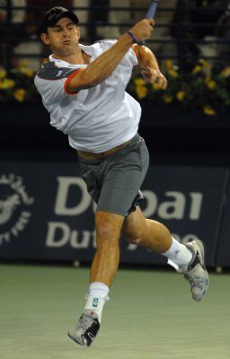 Roddick beats Nadal in Dubai tournament