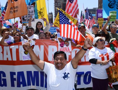 Senate vote clears way for immigration reform bill debate