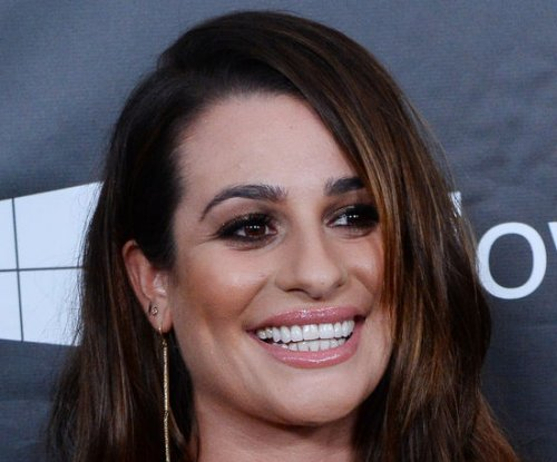 Watch Lea Michele sing 'Let It Go' on 'Glee'