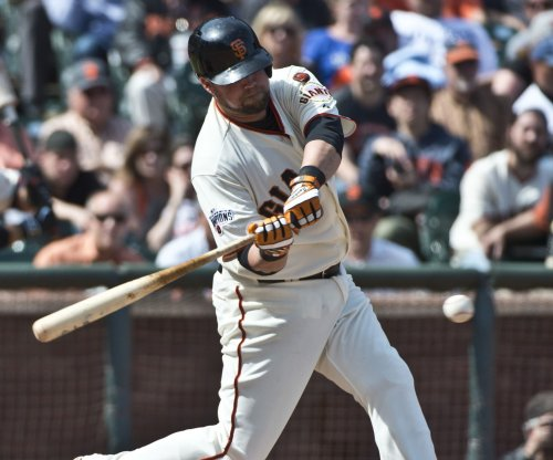 San Francisco Giants take Los Angeles Dodgers in extra innings