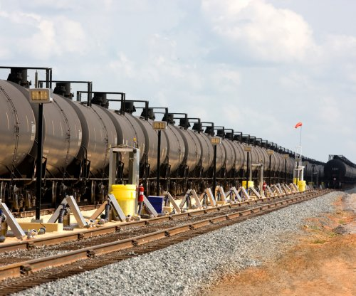 Oil refinery group: Safety measures need to go beyond rail car design