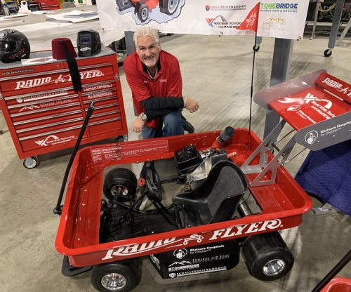 Modified Radio Flyer wagon sets speed record in Illinois