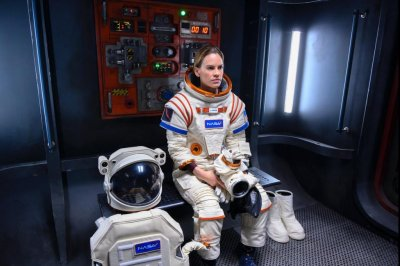 'Away': Hilary Swank plays astronaut in teaser for Netflix series