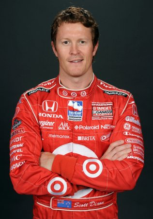 Dixon takes pole for Indy Japan 300