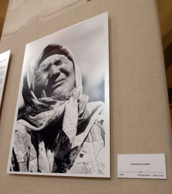 Srebrenica marks massacre anniversary