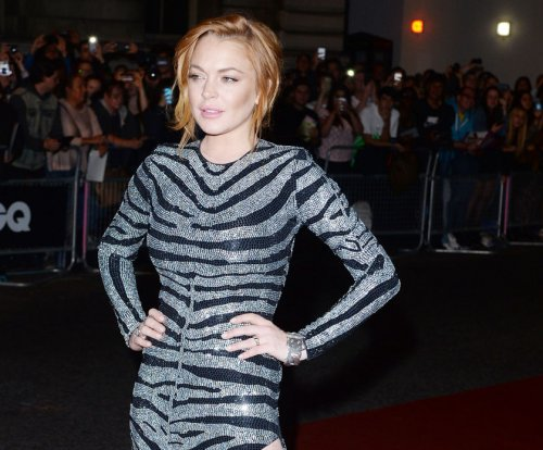 Lindsay Lohan gets $10K donation for charity ahead of court date