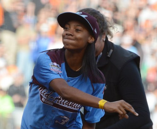 Mo'ne Davis: Player who tweeted slur deserves 'second chance'