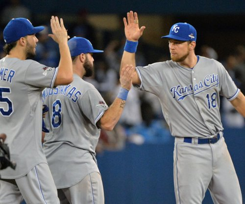 Kansas City Royals keep bashing, take 3-1 lead in ALCS