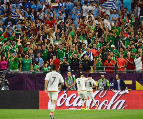 Copa America roundup: Late goals carry Mexico past Uruguay