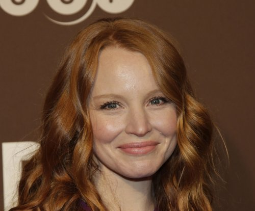 Lauren Ambrose, Harry Hadden-Paton to lead Broadway revival of 'My Fair Lady'