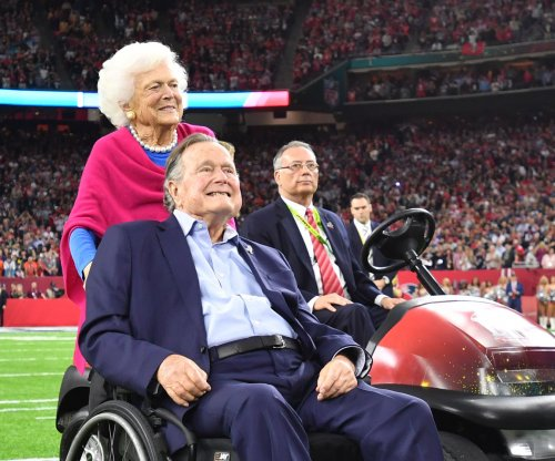Barbara Bush 'in failing health,' declines more treatment