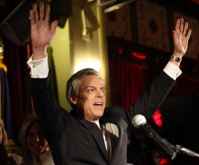 Huntsman leaves door open for another presidential run