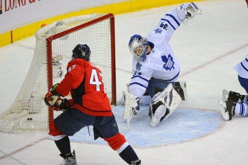 NHL: Washington 4, Toronto 2