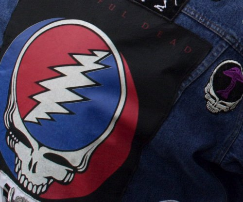 Grateful Dead to reunite and play with Trey Anastasio of Phish at Soldier Field