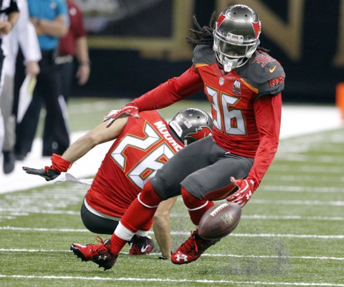 Buccaneers hand Cowboys seventh straight loss