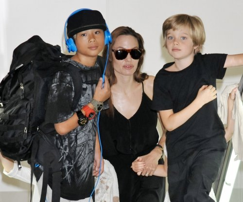 Angelina Jolie to retain custody of children in new agreement with Brad Pitt