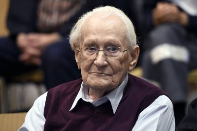 German prosecutors reject clemency for 'Bookkeeper of Auschwitz'
