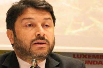 Turkish court releases jailed chair of Amnesty International Turkey