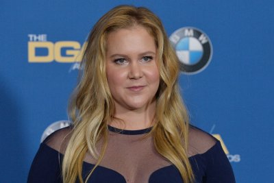 Amy Schumer, Chris Fischer exchange wedding vows in new video