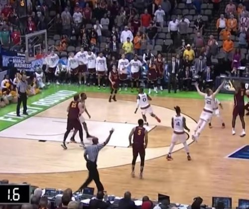 Loyola Ramblers upset Miami Hurricanes in NCAA Tournament