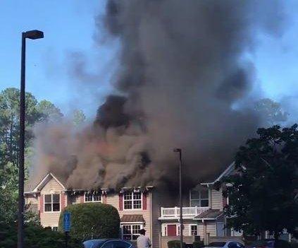 1 dead after helicopter crashes into Virginia condo