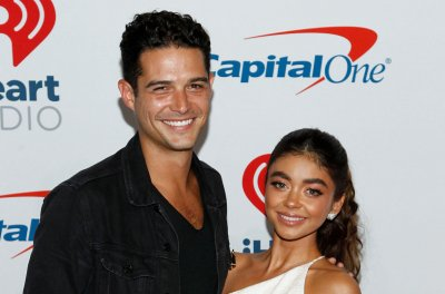 'Modern Family' star Sarah Hyland engaged to Wells Adams