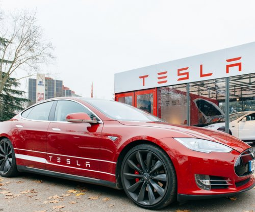 Tesla Motors beats Wall Street's Q1 forecast, loses only $45M